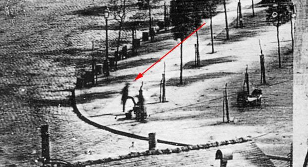 Esta persona anónima es la primera foto que se tiene de un humano.